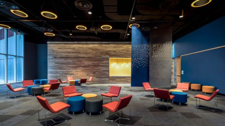 Casual, Impromptu Meeting Spaces Are a Convention Center Design Trend
